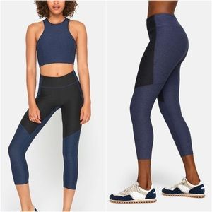 Outdoor Voices 3/4 Two-Toned Colorblock Leggings